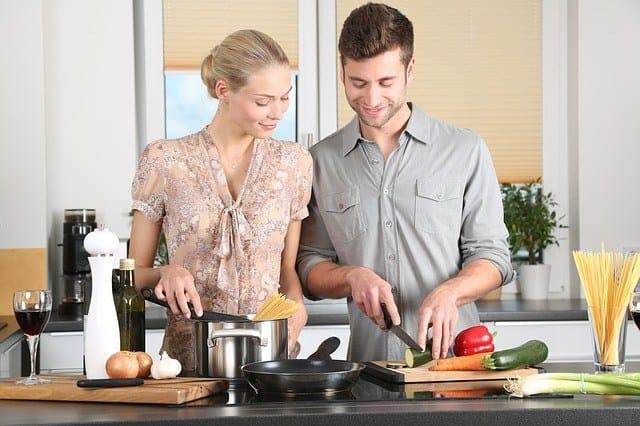 best cookware sets under $200 image 1